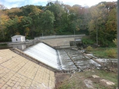 Lake Roland Dam image. Click for full size.