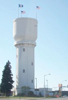 Former Northern Pacific Railway Water Tower image. Click for full size.