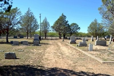 Round Mound Cemetery image. Click for full size.