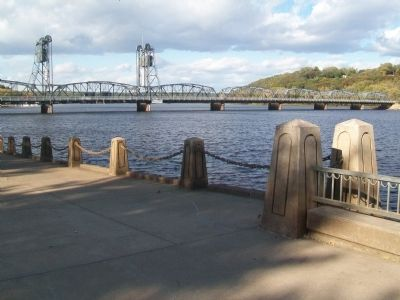 Lift Bridge and St. Croix River Floodwall image. Click for full size.