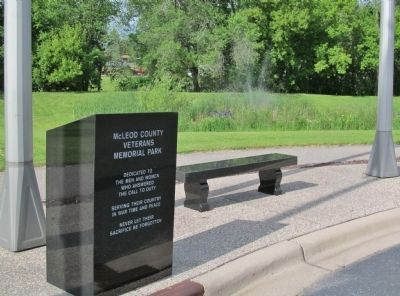 McLeod County Veterans Memorial Park image. Click for full size.