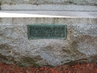 Old Saybrook World War I Monument image. Click for full size.