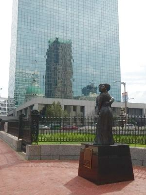 Dred and Harriet Scott Statue image. Click for full size.