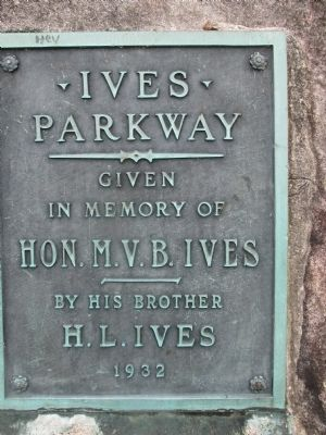 Ives Park Plaque image. Click for full size.