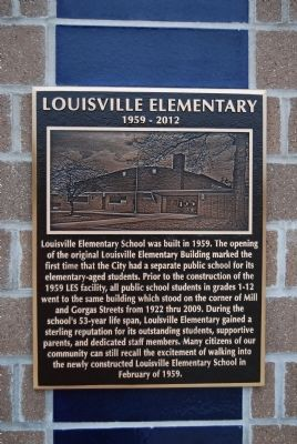 Louisville Elementary Marker image. Click for full size.