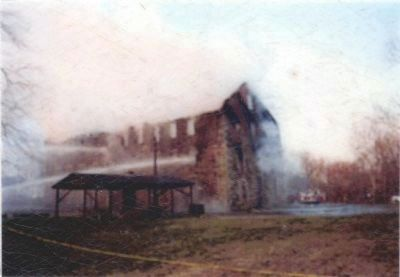 Avondale Mill<br>1991 Fire image. Click for full size.