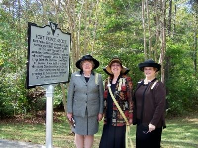 Chaplain Nell Kivett, SCDAC State Regent Dianne Culbertson, Piedmont Chapter Regent Beth Sutton image. Click for full size.