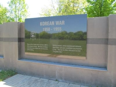 Korean War image. Click for full size.