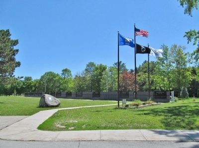 Oneida Veterans Memorial image. Click for full size.