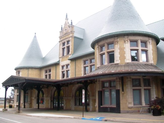 Former Duluth Union Depot image. Click for full size.