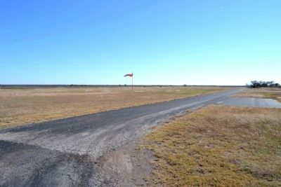 South Taxiway and Runway of Arledge Field image. Click for full size.