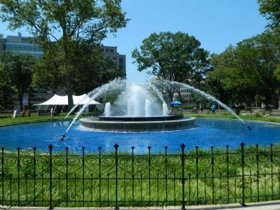 Fountain at Franklin Park image. Click for full size.