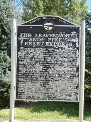 The Leavenworth and Pike's Peak Express Marker image. Click for full size.