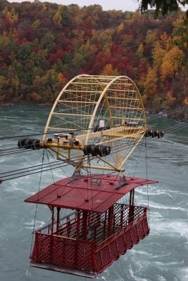 The Spanish Aero Car over the Niagara Gorge Whirlpool image. Click for full size.