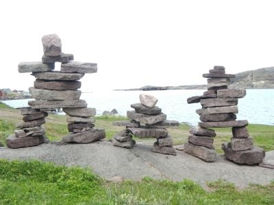 Inukshuk image. Click for full size.