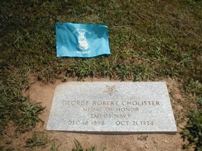 Congressional Medal of Honor Recipient George Robert Cholister grave marker image. Click for full size.