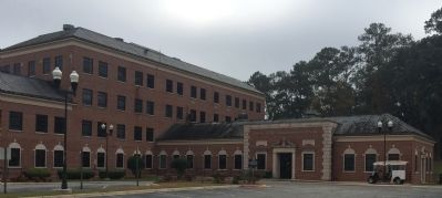 Foote-Hilyer Administration Center image. Click for full size.