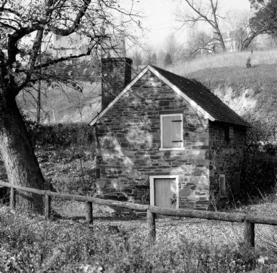 Pierce Springhouse (1936) image. Click for full size.