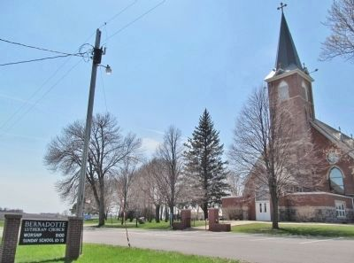Bernadotte Lutheran Church image. Click for full size.