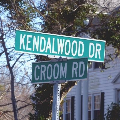 Kendalwood Drive & Croom Road image. Click for full size.