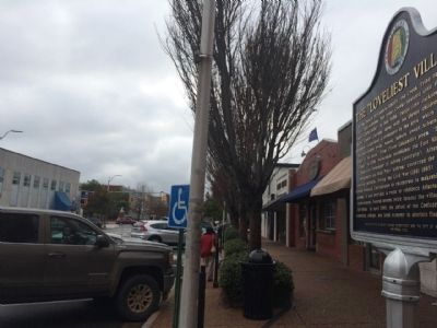 Looking West towards Toomer's Corner. image. Click for full size.