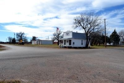 Cottonwood Bank and Post Office image. Click for full size.