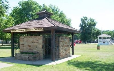 Opothleyahola Memorial Building image. Click for full size.