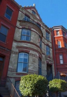 6 Logan Circle image. Click for full size.