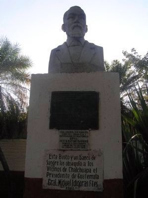 Bust of Justo Rufino Barrios and additional markers image. Click for full size.