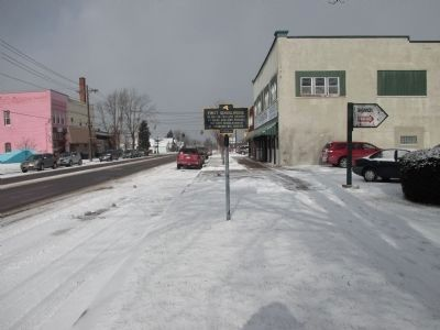 NY 384 Northward image. Click for full size.