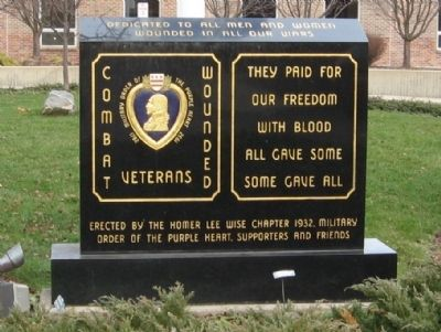 Darien Combat Wounded Veterans Monument image. Click for full size.