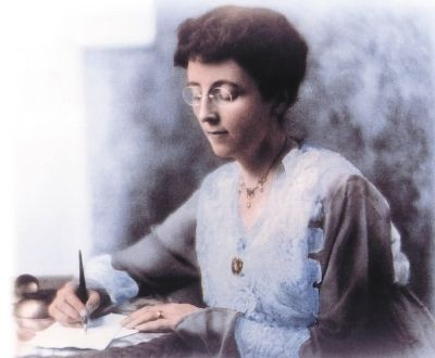 Lucy Maud Montgomery image. Click for full size.