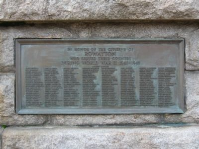 Rowayton Veterans Memorial image. Click for full size.