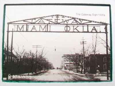 Photo of Original Gateway Sign on Marker image. Click for full size.