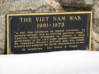 Viet Nam War Memorial image. Click for full size.