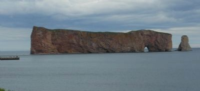 Percé Rock image. Click for full size.