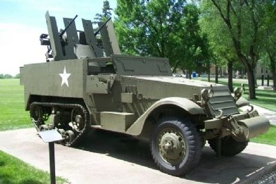 M16 Multiple Gun Motor Carriage and Marker image. Click for full size.