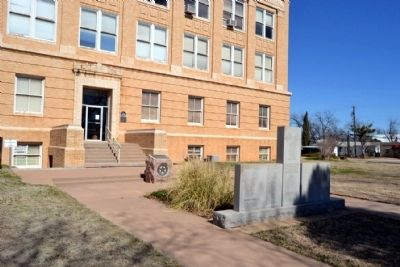 Markers in Front of Entrance<br>to Callahan County Courthouse image. Click for full size.
