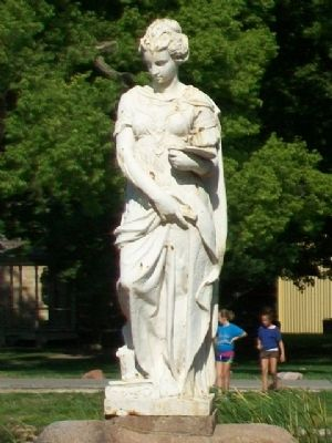 "1893 Chicago World's Fair ""Art"" Statue image. Click for full size."