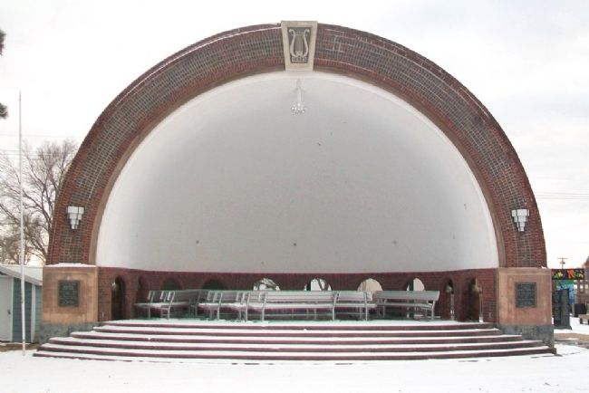 Clay Center Municipal Band Shell image. Click for full size.