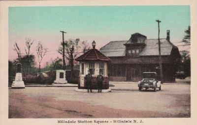 Hillsdale Police Booth original location image. Click for full size.