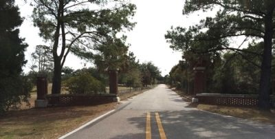 Seminary Drive leading to Seminary buildings image. Click for full size.
