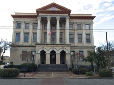 Gretna City Hall image. Click for full size.