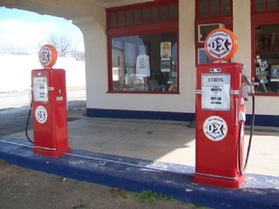 Eagle (D-X) Service Station Gas Pumps image. Click for full size.
