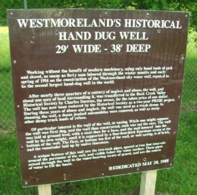 Westmoreland's Historical Hand Dug Well Marker image. Click for full size.