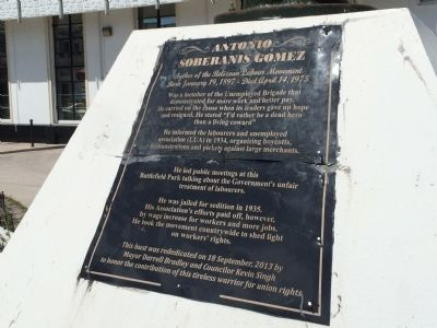 The previous Antonio Soberanis Gomez Marker image, Touch for more information