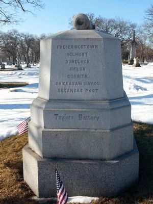 Co. B. 1st Reg. Ill. L't Artillery. Monument image. Click for full size.