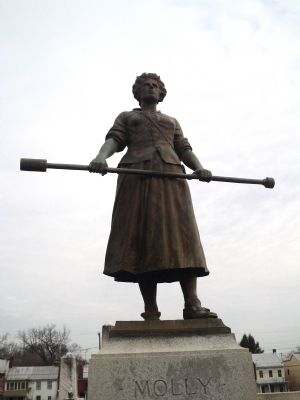 Closeup of Molly Pitcher Statue image. Click for full size.