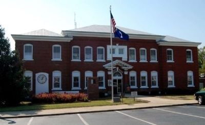 Belton City Hall image. Click for full size.