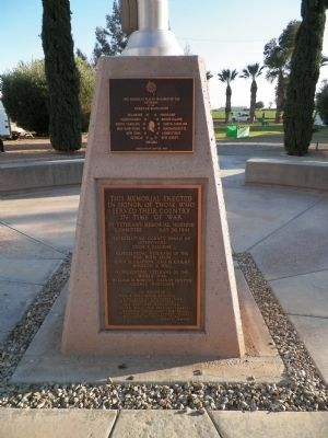 Imperial Valley Veterans' Memorial and Revolutionary War Memorial image. Click for full size.